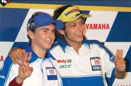 Jorge Lorenzo será compañero de Valentino Rossi