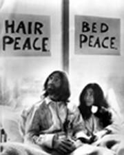 Puedes dormir en el cuarto de John y Yoko