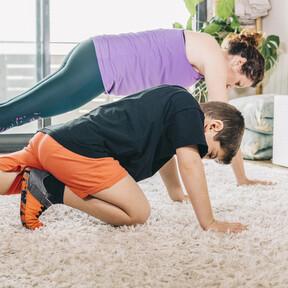 Deporte en familia: las recomendaciones de los pediatras para combatir los efectos del confinamiento en niños