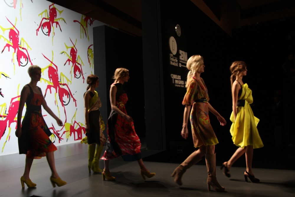 Foto de Adolfo Domínguez en la Cibeles Madrid Fashion Week Otoño-Invierno 2011/2012 (106/106)
