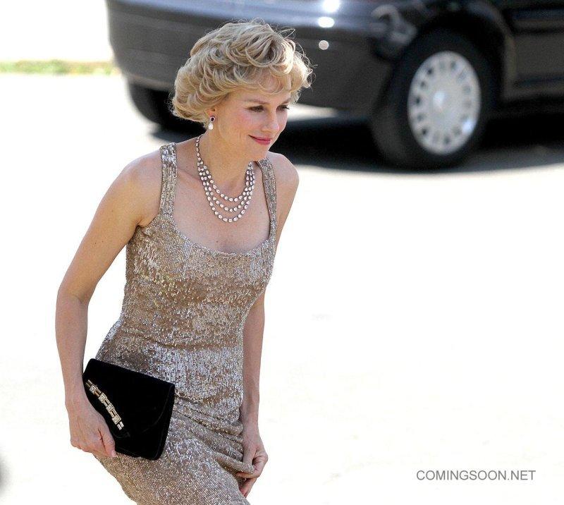 Foto de Naomi Watts como Diana de Gales en 'Caught in Flight' (1/5)