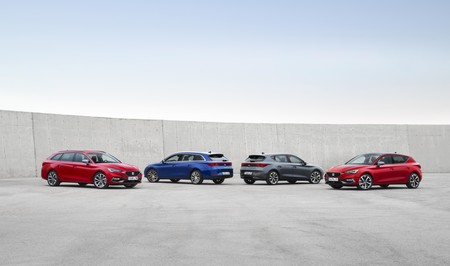 El nuevo SEAT León ya tiene precios en España: la cuarta generación del compacto español parte desde los 24.730 euros