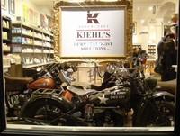 """Cosas de Nueva York: un """"museo de motos"""" en una farmacia"""