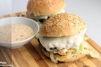 Receta de hamburguesa con salsa de pepinillos