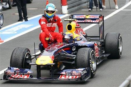 """Fernando Alonso: """"Adrian Newey solo no puede hacer nada"""""""
