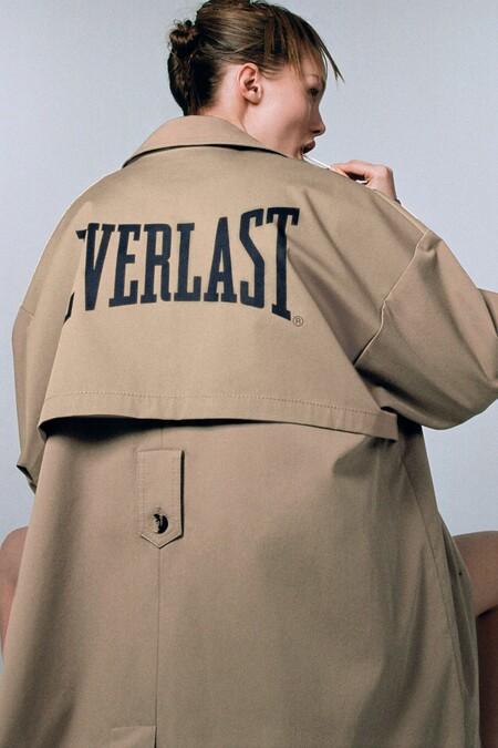 Zara se alía con la firma de boxeo Everlast para crear una colección magnífica para salir a la calle (o practicar deporte)