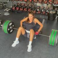 Pilar Rubio impresiona en Instagram levantando 140 kilos con los glúteos (y acaba preocupando a sus seguidores)