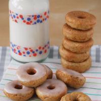 Mini dónuts de zanahoria. Receta para desayunos y meriendas