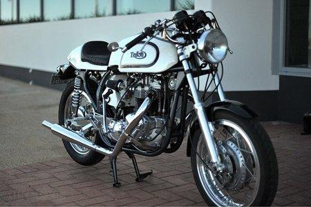 Tritón T120R una auténtica moto inglesa