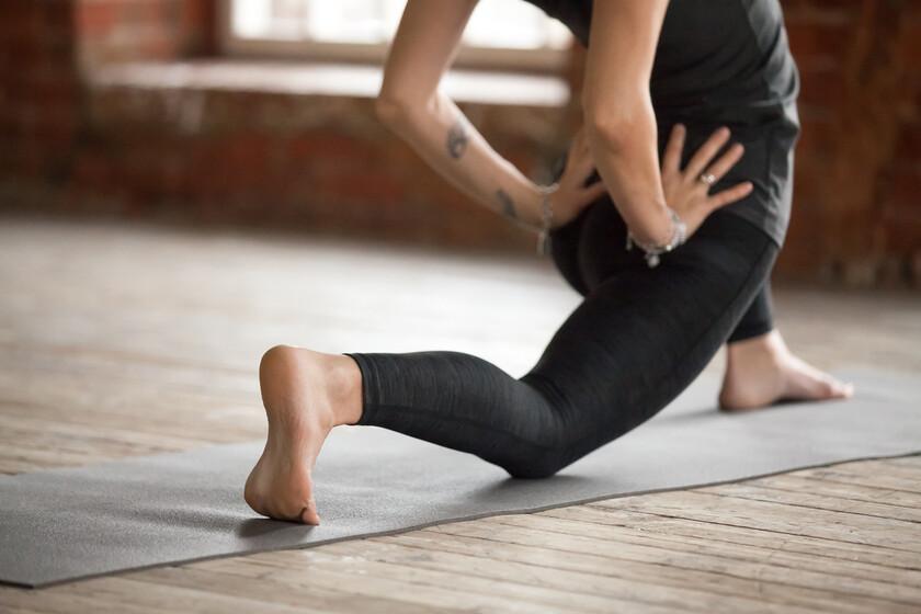 Ejercicios y posturas de Yoga para mejorar la movilidad de ...