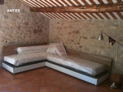Antes y después: viejos muebles convertidos en un gran sofá