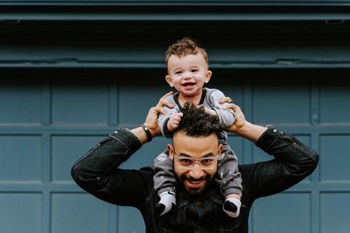 Día del Padre: los regalos de moda perfectos para aprovechar las segundas rebajas en El Corte Inglés, Levi's o Pedro del Hierro