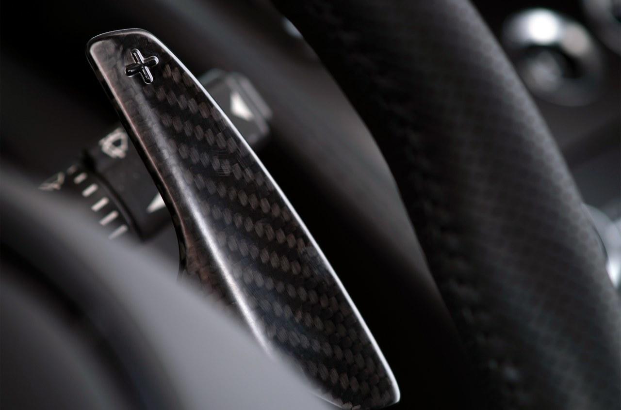 Foto de Aston Martin V12 Vantage S (30/34)
