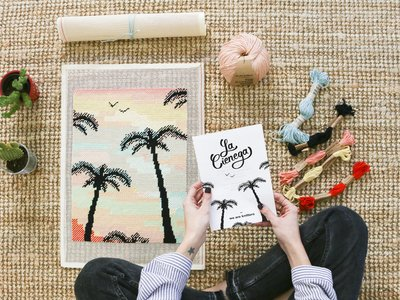 Súmate a la tendencia decorativa del petit point con estos kits DIY para todos los públicos