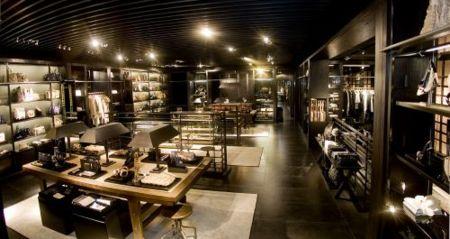 La nueva línea de Inditex, Uterqüe, abre sus primeras tiendas