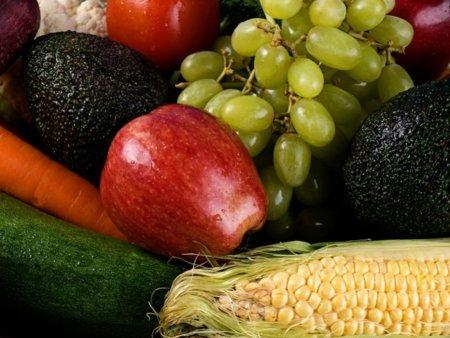 El consumo de frutas: ¿reemplaza al de verduras?