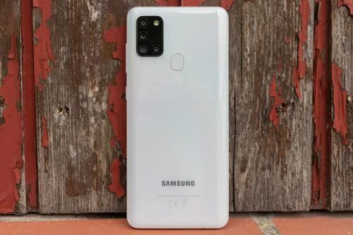 Samsung Galaxy A21s, análisis: una apuesta económica que tiene que competir dentro y fuera de casa