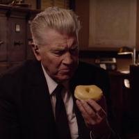 David Lynch sigue con los teasers humorísticos de la vuelta de 'Twin Peaks'