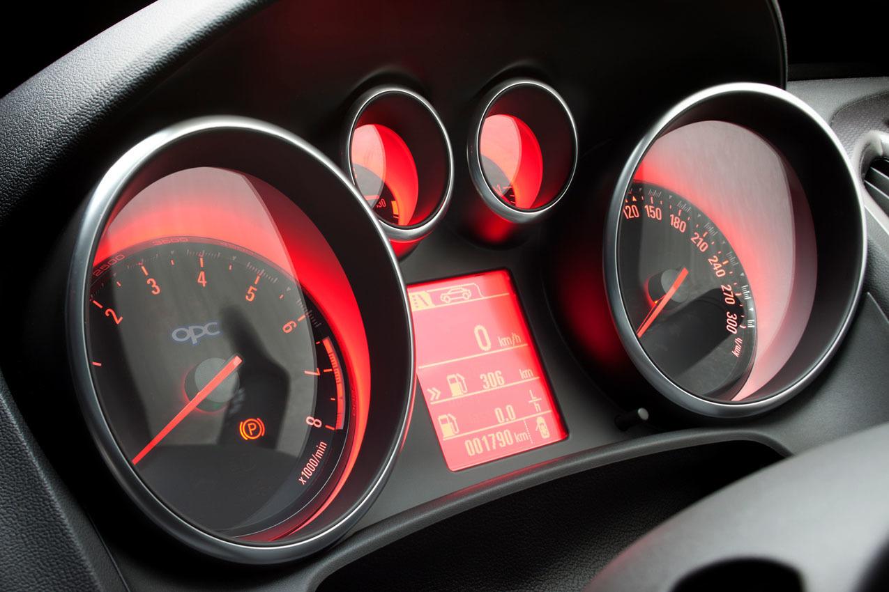 Foto de Opel Astra OPC (36/46)