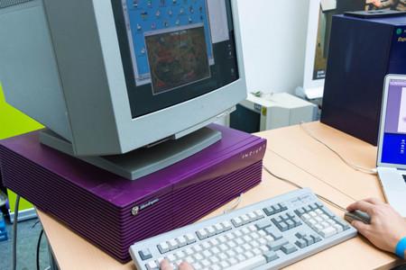 Ordenador Silicon Graphics Indigo, un precursor de las estaciones de trabajo gráficas