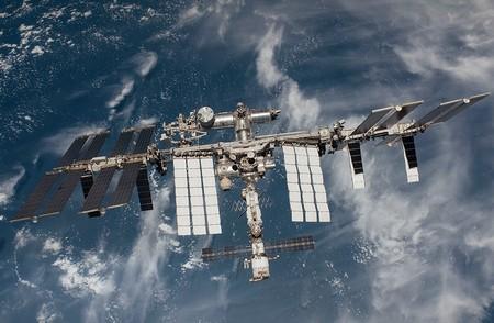 La ISS mejora su conexión internet: sus astronautas podrán enviar y recibir datos a 600 Mbps (y ver Netflix aún mejor)