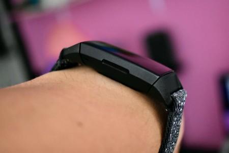 Fitbit Charge 4 Analisis Mexico Diseno Boton Tactil