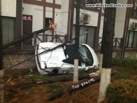 Lamborghini Gallardo accidentado en China