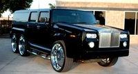El colmo del mal gusto: híbrido entre Rolls-Royce Phantom, Hummer H2 y limusina