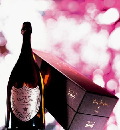 Dom Pérignon Rosé 1996 y su caja de presentación