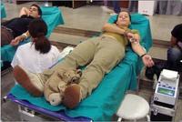 ¿Se puede donar sangre dando el pecho?