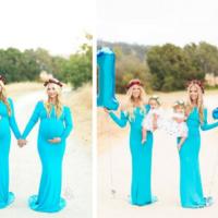Un año después, las hermanas que dieron a luz con 15 minutos de diferencia posan junto a sus bebés