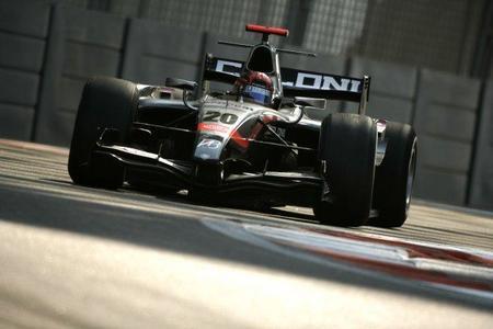 James Jakes consigue el mejor tiempo en los tests colectivos de la GP2 en Abu Dhabi