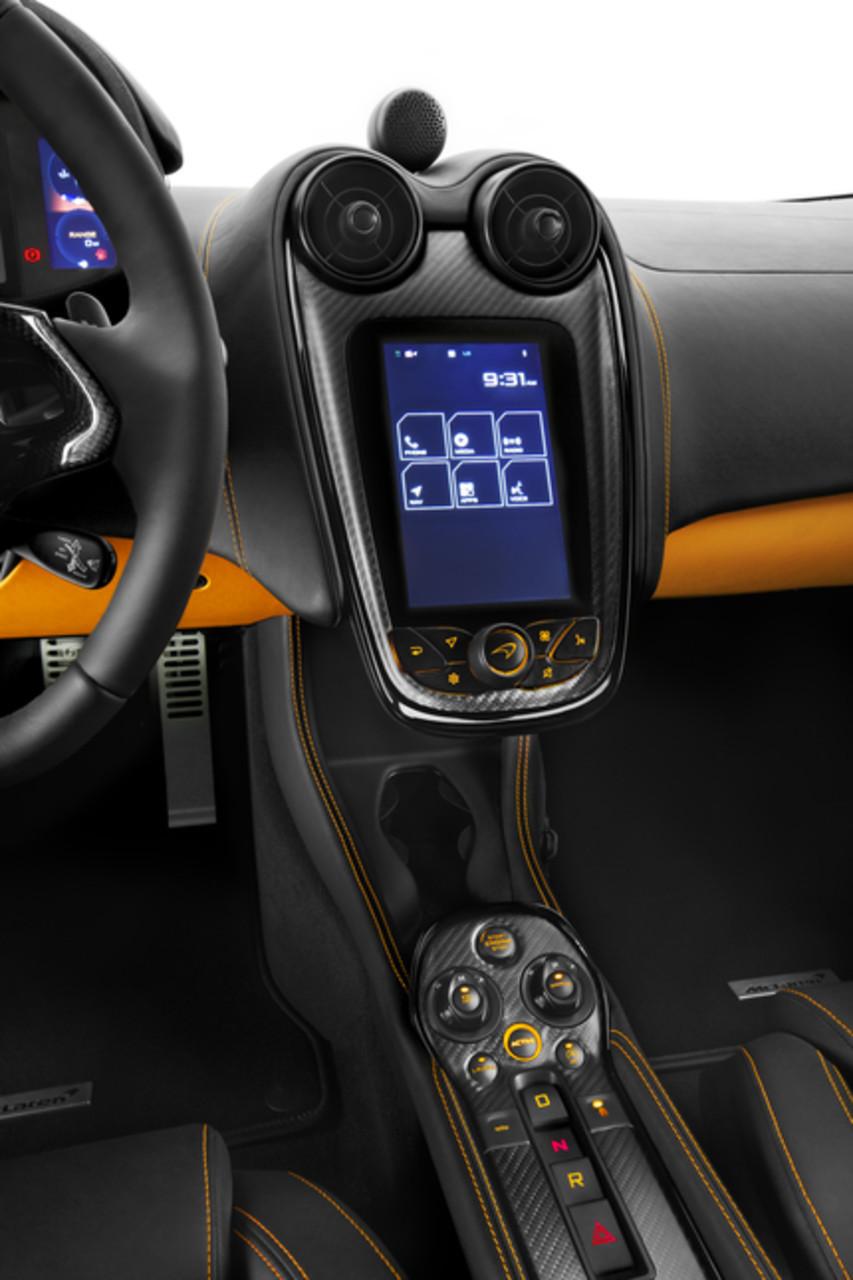 Foto de McLaren 570S Coupé (22/30)