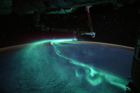 Esta alucinante fotografía de una aurora austral fue hecha por un astronauta desde la Estación Espacial Internacional