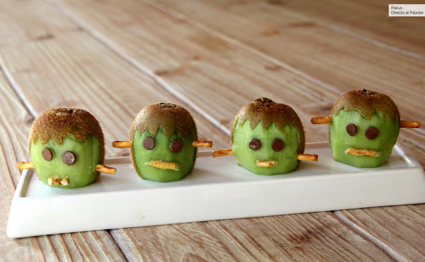 El monstruo de Frankenstein hecho con kiwi, el postre saludable sin azúcar añadido, ideal para una merienda...