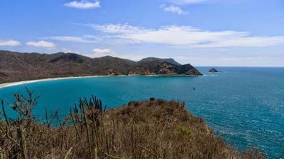 Puerto López y la playa de los Frailes, en Ecuador