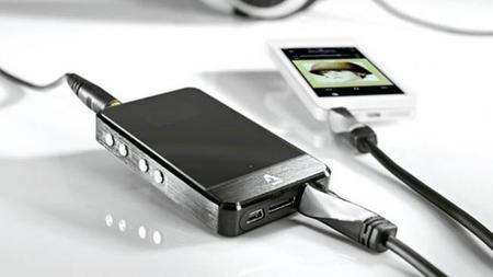 Avinity nos propone tres amplificadores de auriculares muy compactos y de alto rendimiento