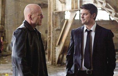 Taquilla española   Bruce Willis no inquieta a Clint Eastwood