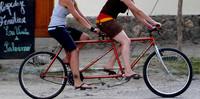 'Conductor, cada ciclista una cámara' o la razón de que un ciclista sea tan inconsciente como un conductor (y II)
