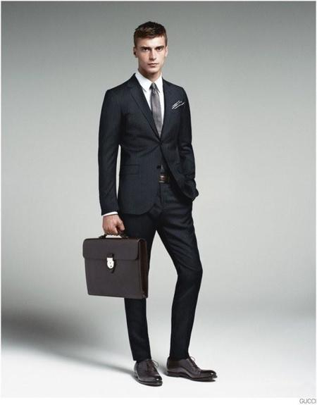 gucci-mens-tailoring-suit-collection-clement-chabernaud-004-800x1023.jpg