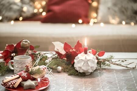 Saca la Navidad al exterior: 12 ideas para decorar tu balcón y terraza estas fiestas