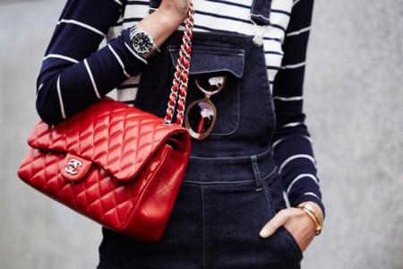 El día que te enteras de que tu bolso preferido de Chanel no se llama 2,55