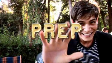 Tommy Hilfiger sigue explotando el concepto 'preppy' con el lanzamiento de una nueva fragancia