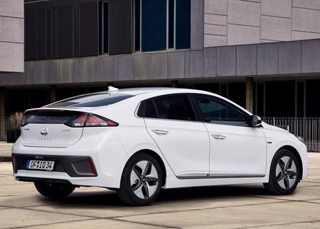 Hyundai Ioniq 2020 4