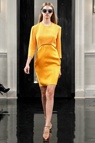 Duelo de estilos: vestido Victoria Beckham ¿Olivia Palermo o la posh?