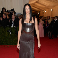 Adriana Lima de Givenchy Gala MET 2014