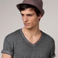 Foto 8 de 8 de la galería quieres-un-sombrero-en-bershka-los-tienes-de-todos-los-estilos en Trendencias Hombre