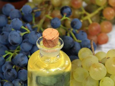 Todo sobre el aceite de semilla de uva: propiedades, beneficios y su uso en la cocina