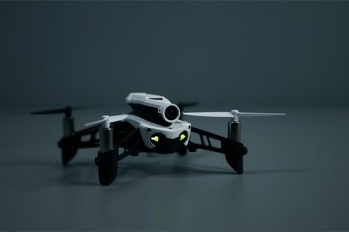 Parrot MAMBO FPV, análisis: el dron más divertido para volar sin miedo
