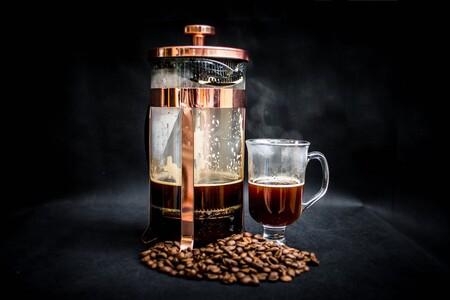 ¿Qué sucede si consumes mucha cafeína?